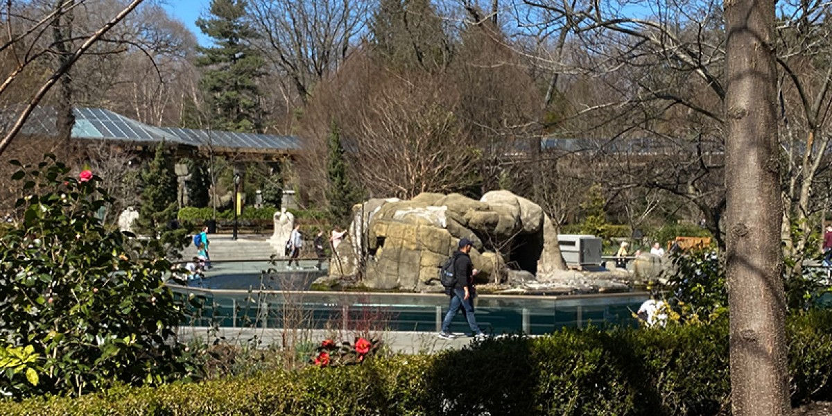 Central Park Zoo Monuments